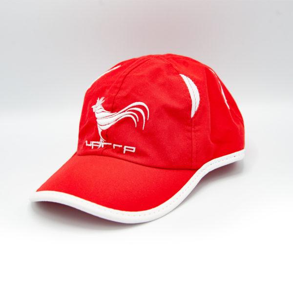 gorra deportiva roja